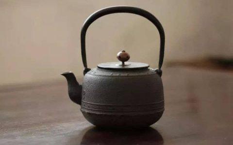 赏—国产铁壶和日本铁壶的区别