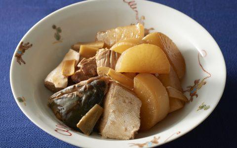 黄鰤鱼炖萝卜