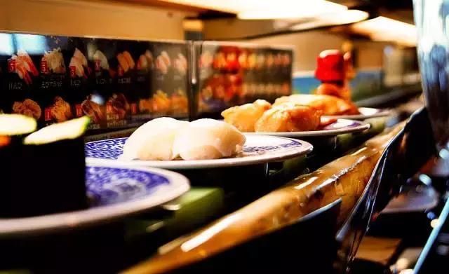 日本作家揭秘回转寿司那些不为人知内幕!你吃的是正宗日本料理吗