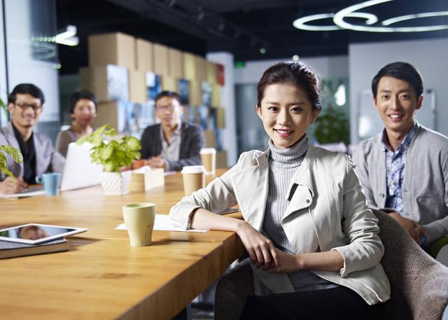日本有很多黑心企业?日本公司只知道剥削员工?在日外国人这么说