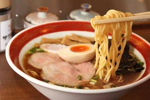 日本饮食文化的三大特征