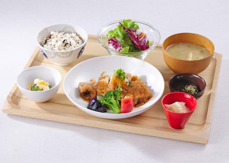 心灵胃袋都能满足的疗愈套餐-「Obon de Gohan」(第二航站楼)