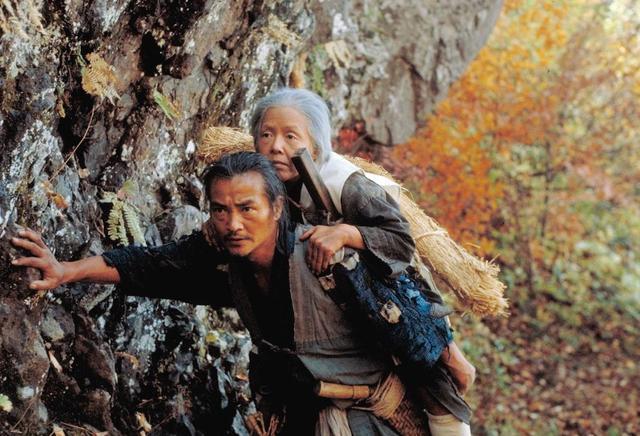 豆瓣8.9分神作,日本老人70岁后,都要被遗弃山中,自生自灭