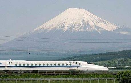 """从日本公交系统看""""准时文化"""""""