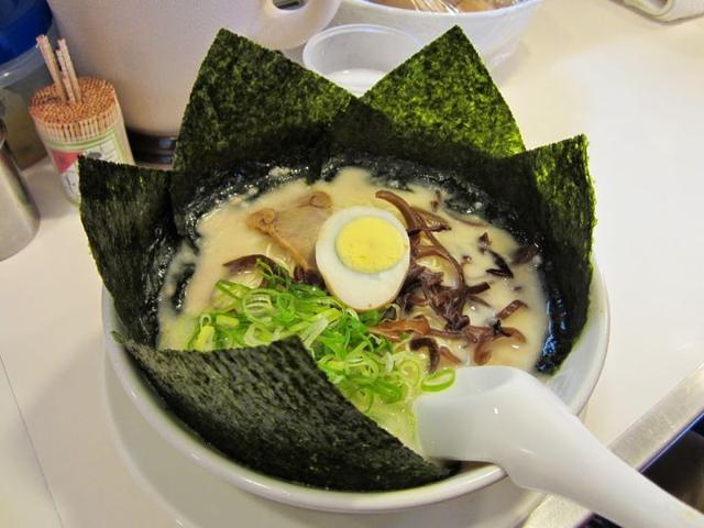 日式拉面里为什么要贴海苔在碗边?这篇文章解决你的疑惑