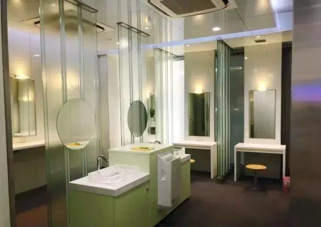 """细节视角下的""""日本卫生间"""",体贴入微到令人发指"""