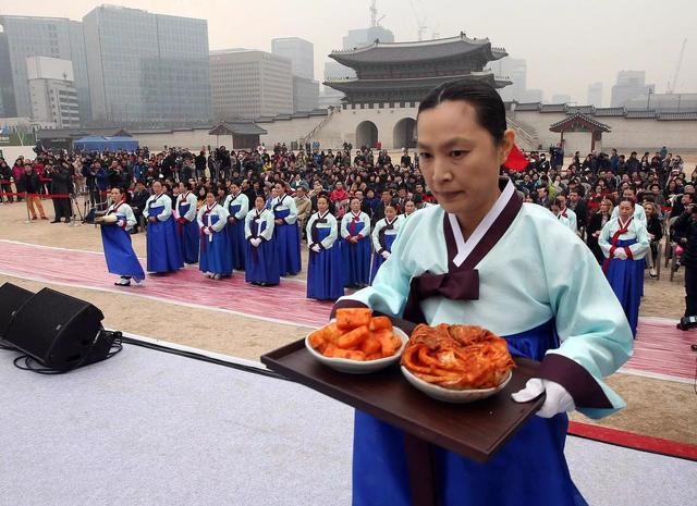 """同样的泡菜,不同的意义:从""""泡菜""""看韩国和日本的文化差异"""