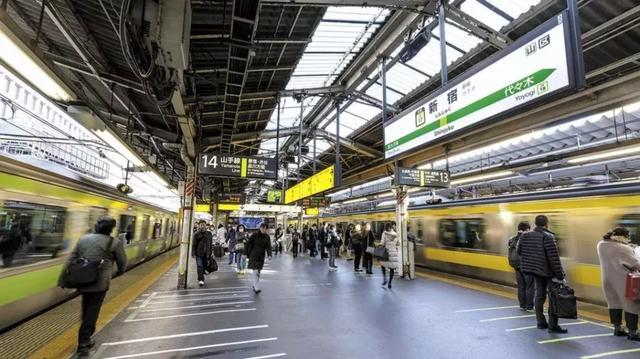 都说日本人工资高,可你知道日本年轻人的工资到底有多少吗?