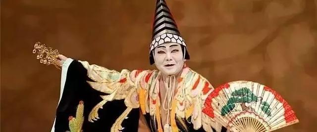 """日本歌舞伎究竟是什么:常被误会为""""艺妓"""",只能男人来表演"""