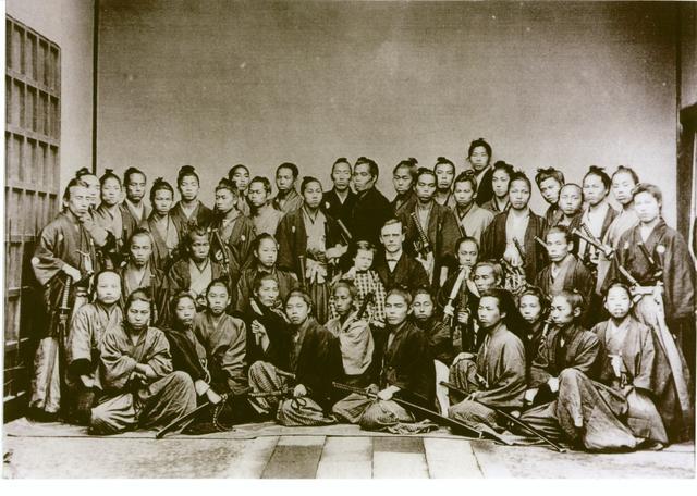 """西乡隆盛为何背叛""""明治维新""""?日本""""西化""""与""""革旧""""的斗争"""