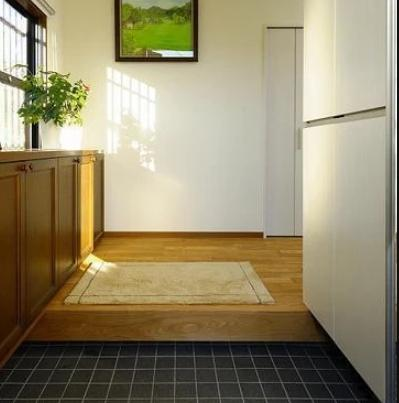 """为啥日本家庭一进门就有一个""""台阶""""?看完后才知道里面""""学问"""""""