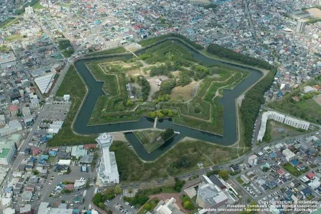 日本是如何一步步统治和经营北海道的?