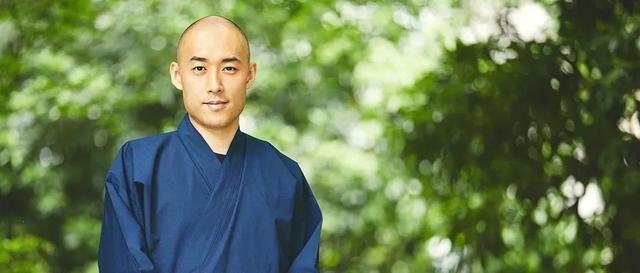 日本和尚出柜、相亲、做博主…...戒律从此成烟云